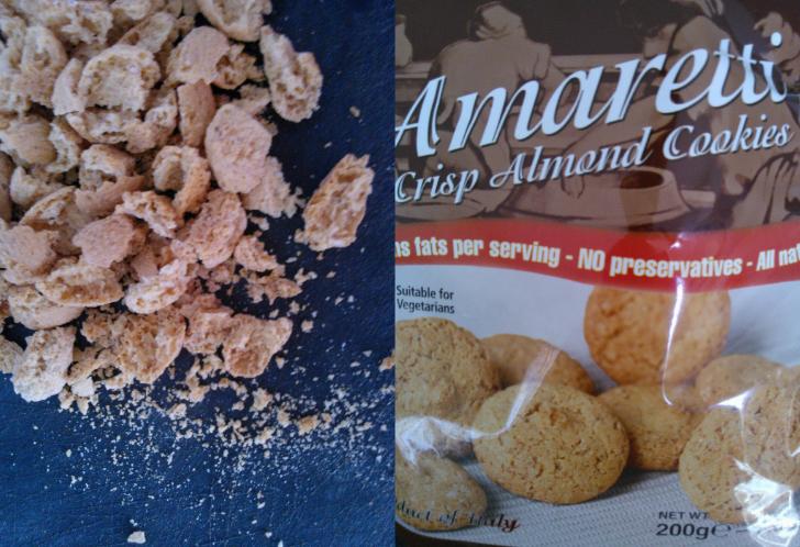 Amaretti crumble