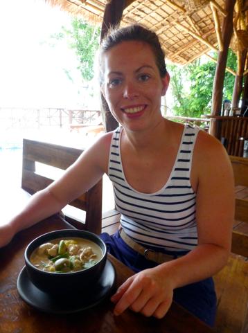 Smullen van groene curry in Koh Phangan
